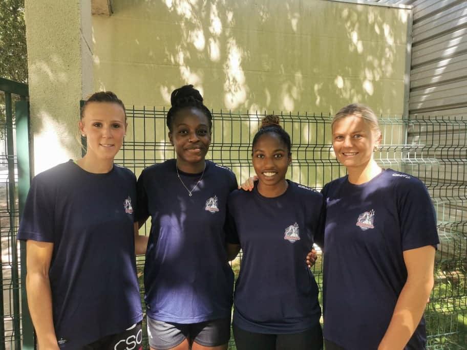 Amandine TISSIER, Oriane ONDONO, Raïssa DAPINA et Barbara MORETTO pour la première fois sous les couleurs des Neptunes de Nantes.